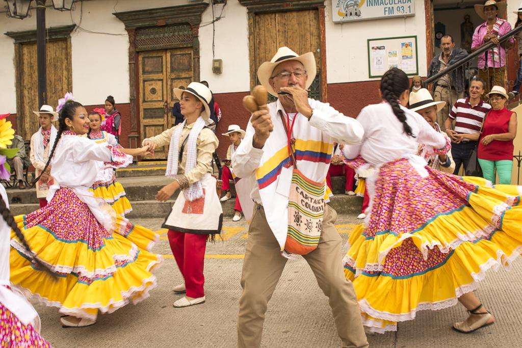 Festival del Pasillo Danzas